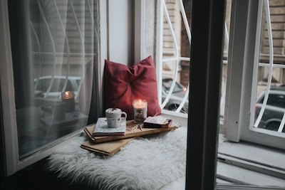 How To Manage Your Stress This Winter – And Why Hygge Might Help
